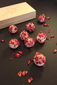 Truffe Chocolat Blanc fraise a la rose